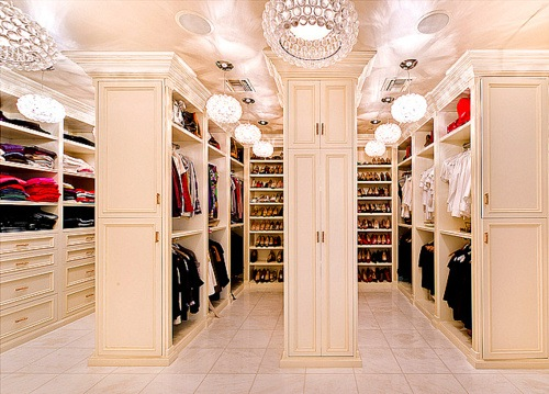 Ladies Dream Walk In Wardrobes Closets Trying To