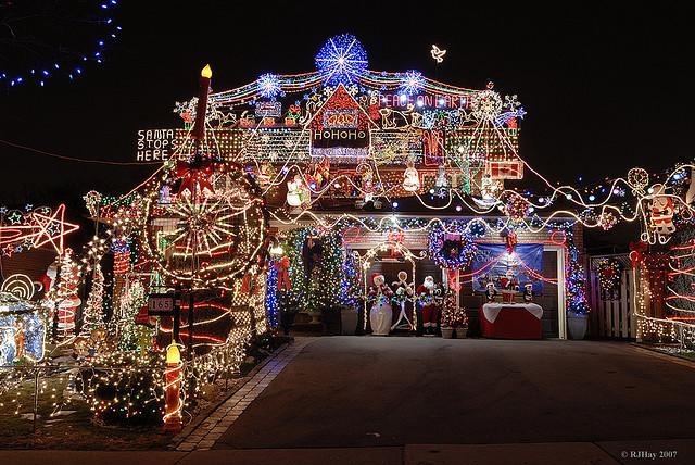 Make Your Home Sparkle This Christmas Christmas Lights Inspiration Trying To Balance The Madness