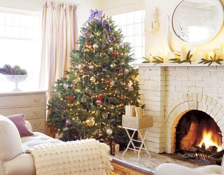 countrylivingLiving-room-Christmas-Vachon-HTOURS1205-de