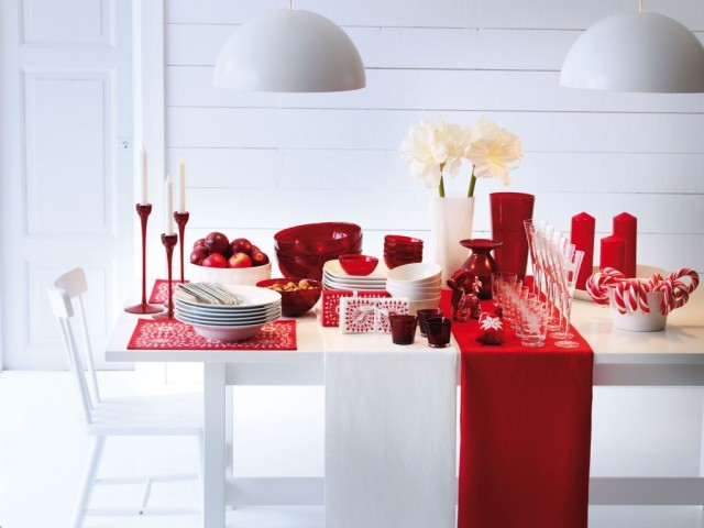 homeinteriorsie25-Christmas-Table-Decorating-Ideas-12contempooo