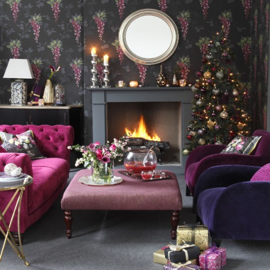 housetohomeliving-room--Christmas--glam--Ideal-Home