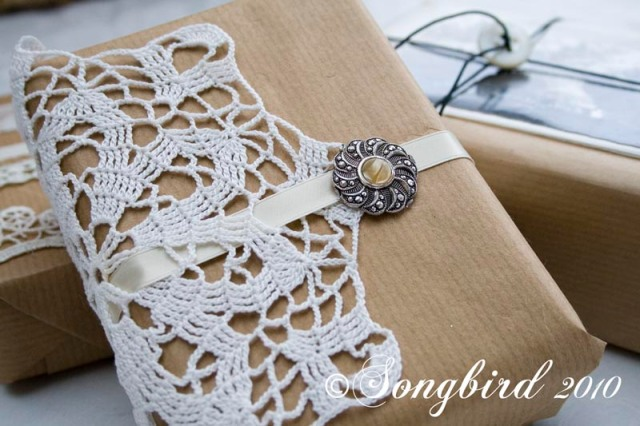 songbirdChristmas Wrapping Ideas 6