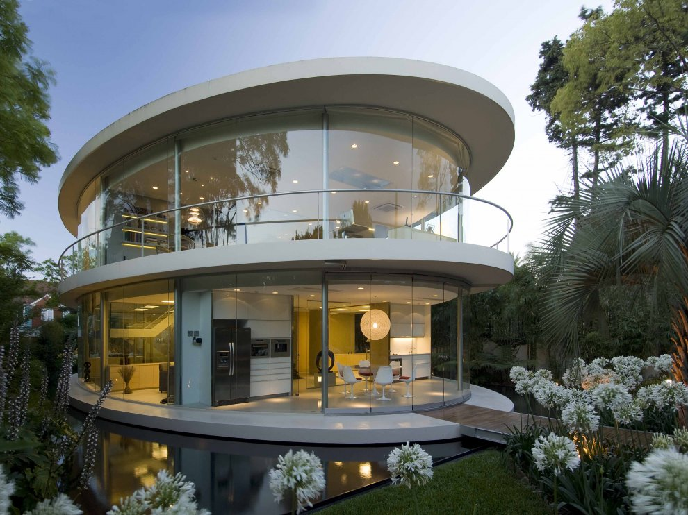 Homes That Belong On The Set Of A Sci Fi Film Trying To