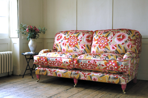 decorating-with-a-floral-couch4