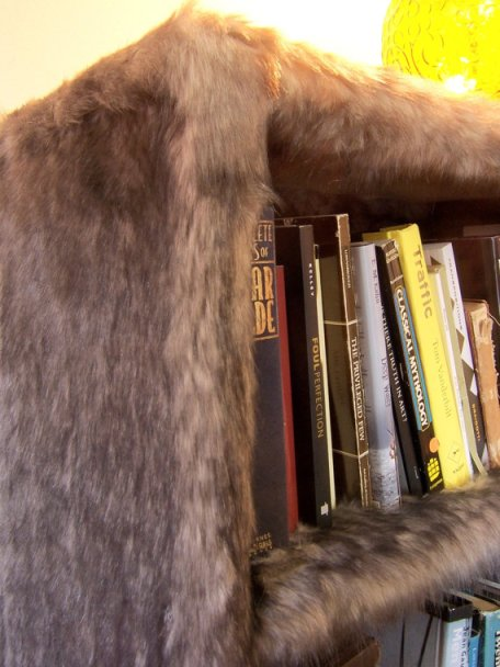 homeklond5-furry-faux-fur-bookshelf-by-modern-art-design