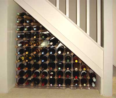 messagenotewine-storage-understairs