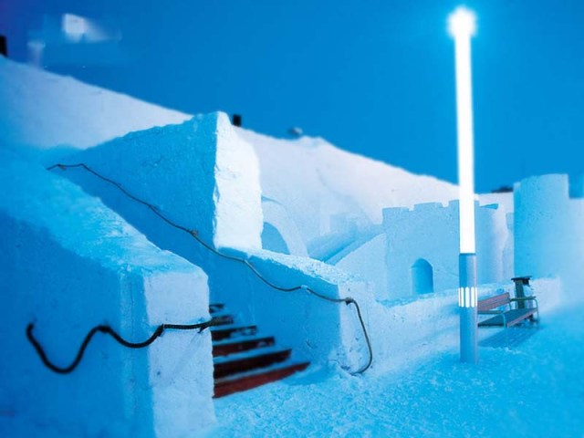 picsporta;Ice castle, Finland