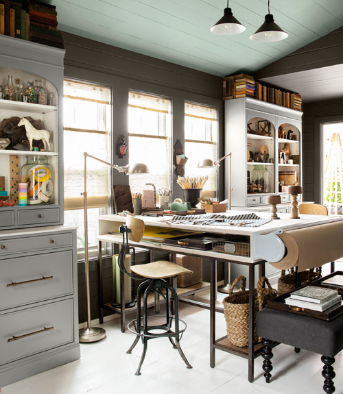 countrylivinghoy-studio-desk-windows-0912-xln